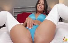 Latina Veronica Rodriguez fucks and squirts POV
